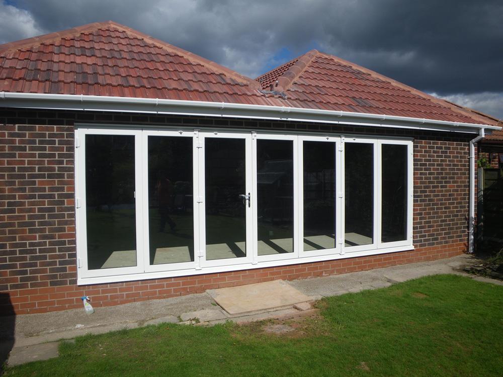 Bi Folds H Green James Wood Job 002 Ces Windows